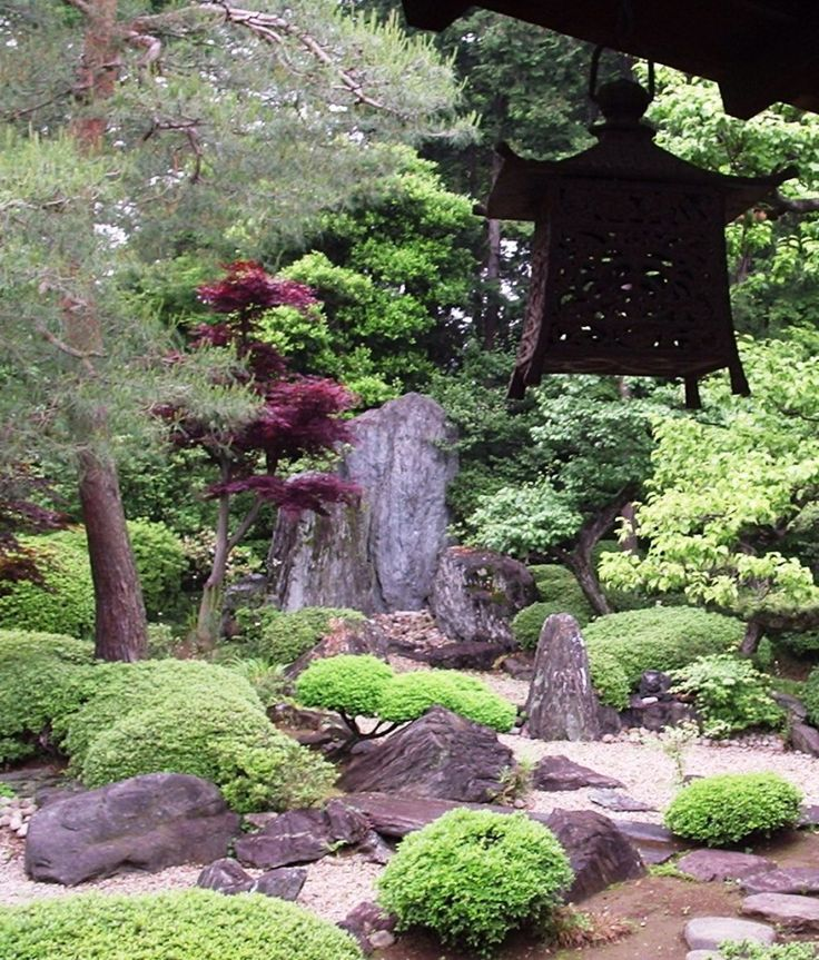 13 Beautiful Garden Creations, Garden In A Japanese Buddhist Temple