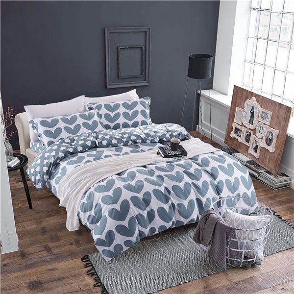 125 best images about chambre charlie on pinterest alibaba group target and comforter sets Set de chambre king noir