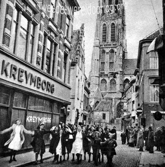 Het bevrijdingsfeest in de Bredase binnenstad.