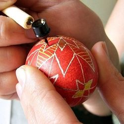 How to make your own ukrainian Pysankas this Easter. Step by step tutorial--perhaps you can also do with with blown out eggs and keep them forever--or until you break them