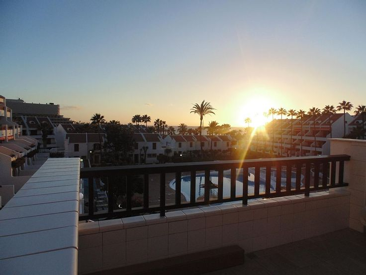 Adeje apartment rental - Sunset view from the balcony