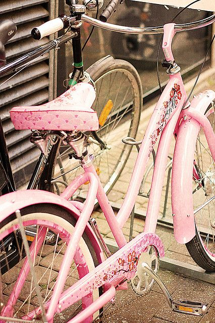 vintage pink bike...painted with flowers!