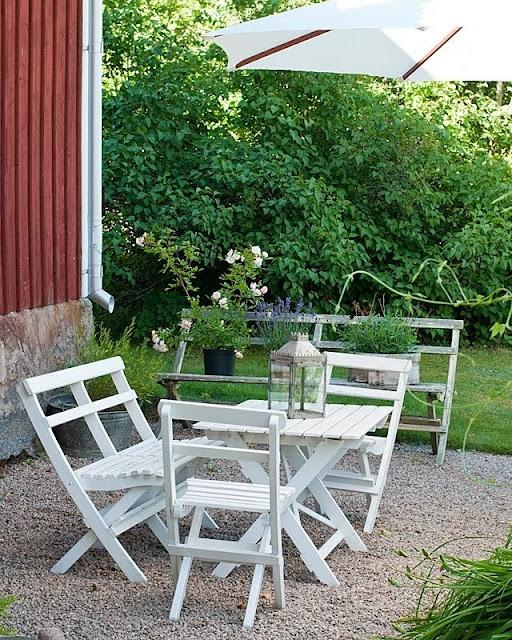 uteplats trädgårdsmöbler - morgonfika ja tack!