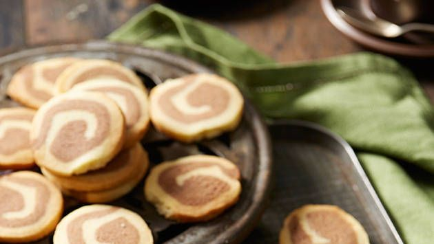 Chocolate-vanilla pinwheel cookies: Spin the wheel on cookies with swirly choc-vanilla. You can even tint the vanilla dough with food colouring for extra fun.