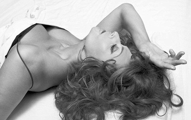 Sophia Loren 2007 Pirelli calendar