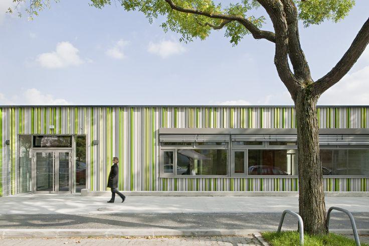 Gallery of Elementary School Baslergasse / KIRSCH Architecture - 1