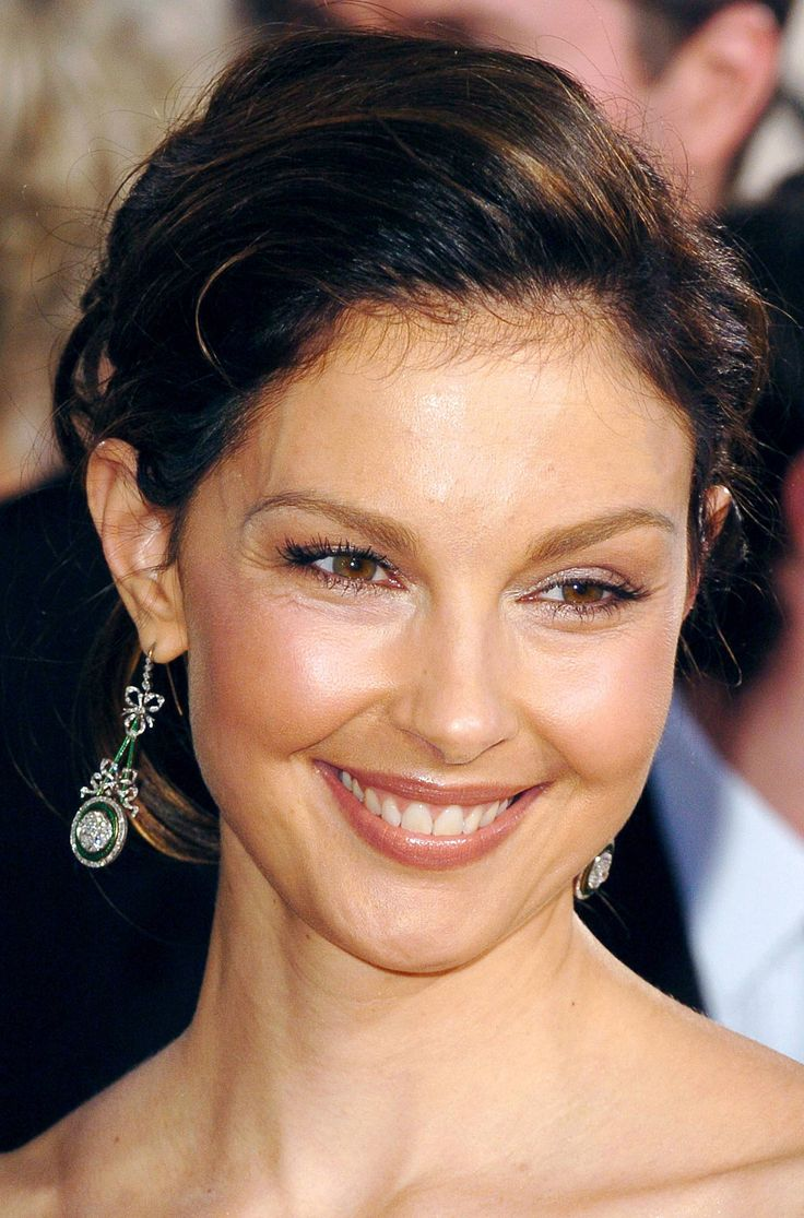 Ashley Judd. She is one of my actresses. She is really a beautiful woman too.