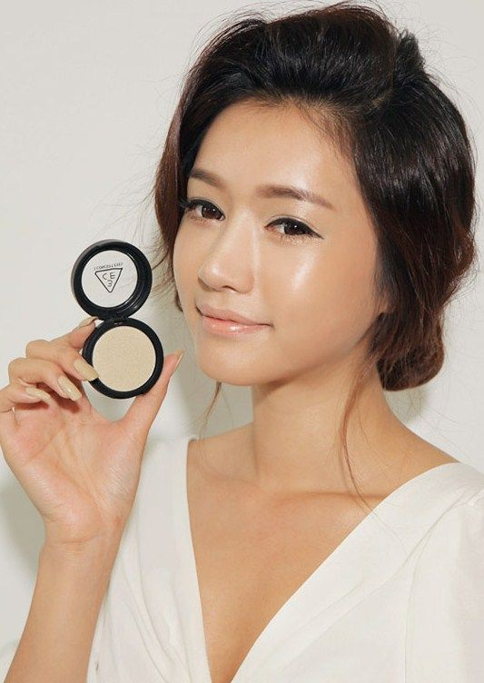 Asian Korean Skin Flawless! Makeup by 3CE | And her skin IS flawless...at least in this photo