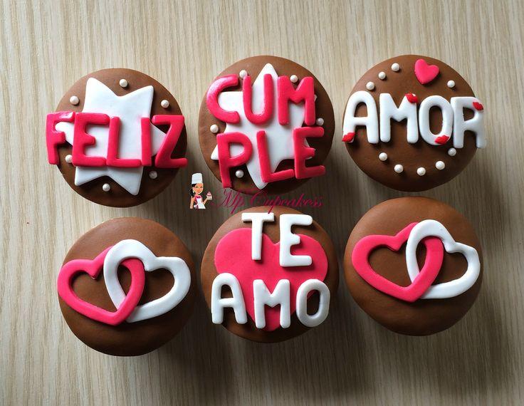 Cupcake de amor corazones feliz cumpleaños te amo CUPCAKES Y TORTAS MENSAJES Y
