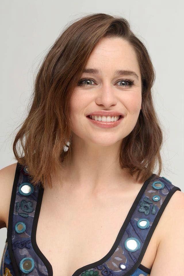 Emilia Clarke | Emilia clarke, Terminator genisys, Press ...