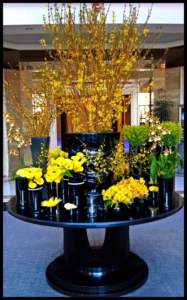 Hydrangea Centerpiece Ideas : Ideas about large flower arrangements on pinterest