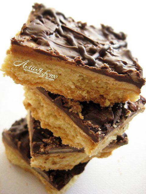 Печенье с карамелью и шоколадом : Выпечка сладкая