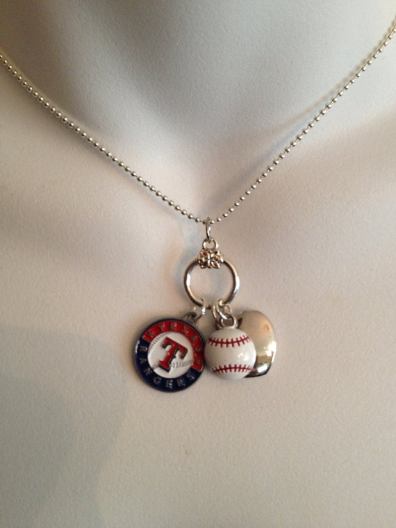 Texas Rangers necklace... could I get a yanks or rockies one!??