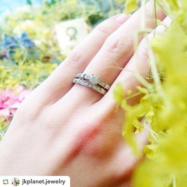 @jkplanet.jewelry:💍RosettE-ロゼット- ゴールドのアクセントが効いたエンゲージリング&マリッジリング。「支え合うこと、信じ合うこと、ふたりで築き上げた堅いきずな」というコンセプトを元にデザインされています♡ . @jkplanet.jewelry 全店にて取り扱い💍 ⇩ #JKPlanetSHOP LIST⇩ 銀座・表参道・福岡天神・宮崎・鹿児島天文館 . #JKプラネット #結婚指輪のセレクトショップ #ロゼット #婚約指輪 #エンゲージリング #結婚指輪 #マリッジリング #結婚指輪💍 #婚約指輪💍 #婚約指輪探し #結婚指輪探し #福岡花嫁 #プロポーズ #ゼクシィ #リングラフ #プレ花嫁 #日本中のプレ花嫁さんと繋がりたい #銀座 #表参道 #原宿 #福岡 #天神 #鹿児島 #宮崎 #2017冬婚 #2018冬婚 #2018春婚 #Omotesando #Fukuoka