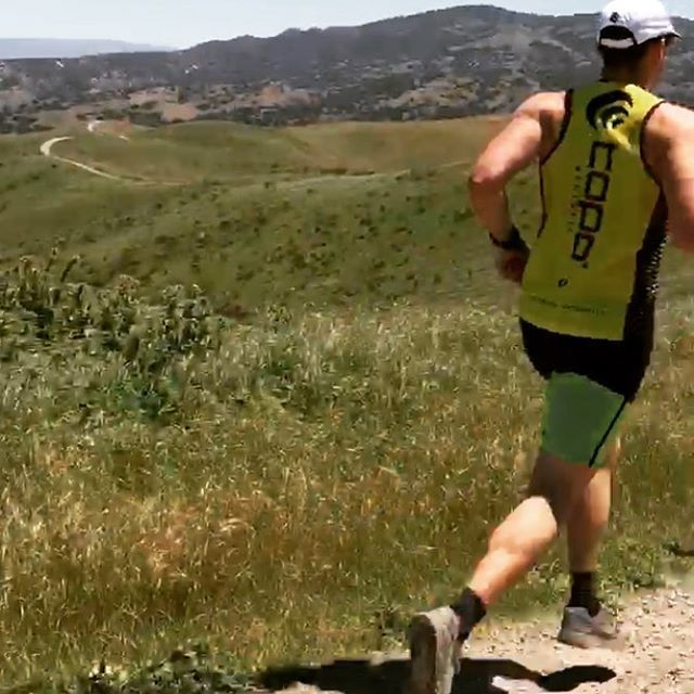 I was so fast running downhill, the camera couldn't keep up.  With the Monterey @spartanrace in Toro Park (in the background) is coming up soon! Been trying to get as much incline and decline work in as possible. Loved my new @topoathletic jersey I ran in, along with my #topoterraventure shoes.  #ocrtraining #hillsfordays #spartanrace #fortord #fortordtrails #running #topoteam #topoathletic #trailrunning #marinalocals #montereybaylocals - posted by Nate Menke…