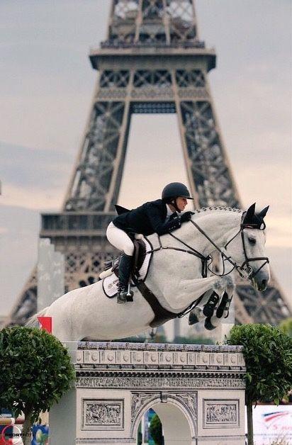 ridingonthewildside:grand-prix:Georgina Bloomberg and Juvina; Paris 2014Goals…. Goals so hard man.