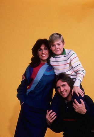 """Silver Spoons"" Erin Gray, Ricky Schroder, Joel Higgins 1982 NBC"