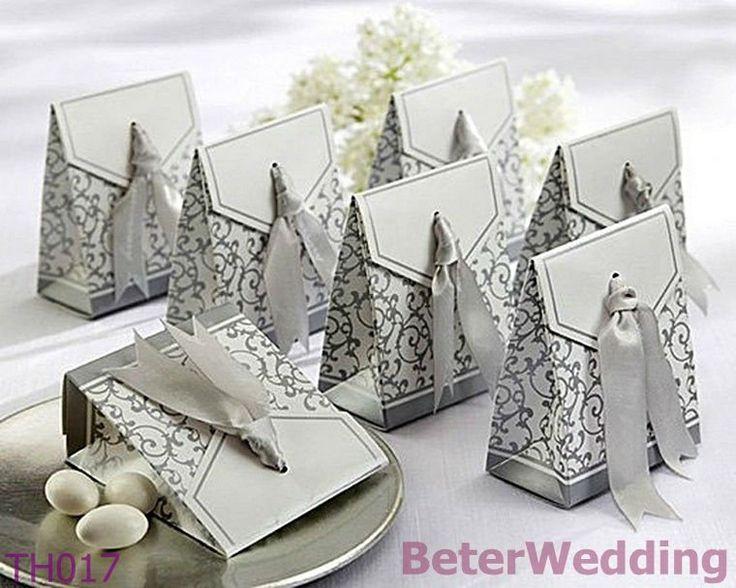 fita de prata caixa de favor BETER-TH017 #weddings #weddinggifts   http://aliexpress.com/store/product/Free-Shipping-12pcs-Palm-Tree-Candy-Box-Festive-Party-Supplies-TH014/513753_652662163.html