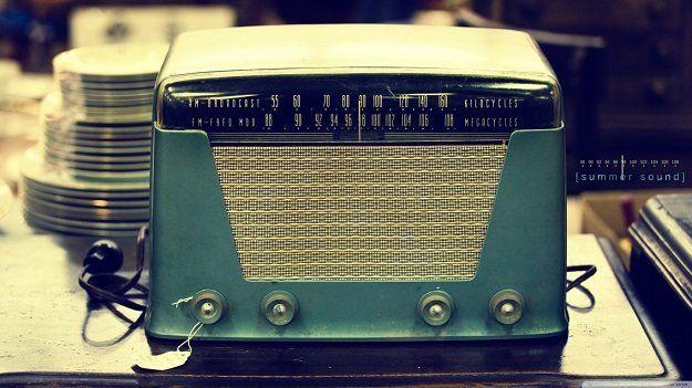 25 Aplikasi Radio Gratis untuk Streaming Radio Online