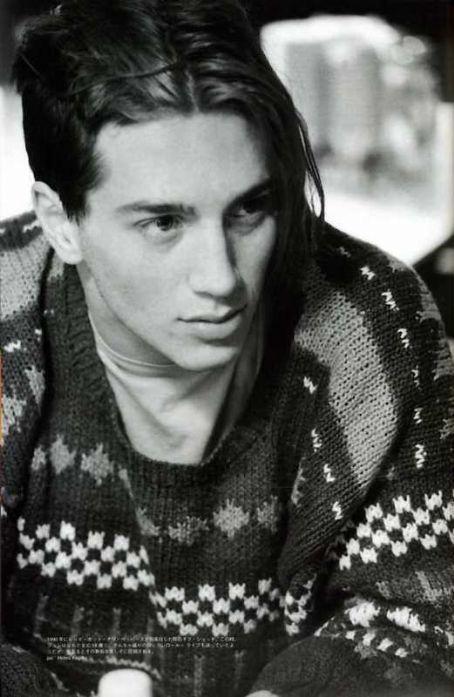 A young John Frusciante.