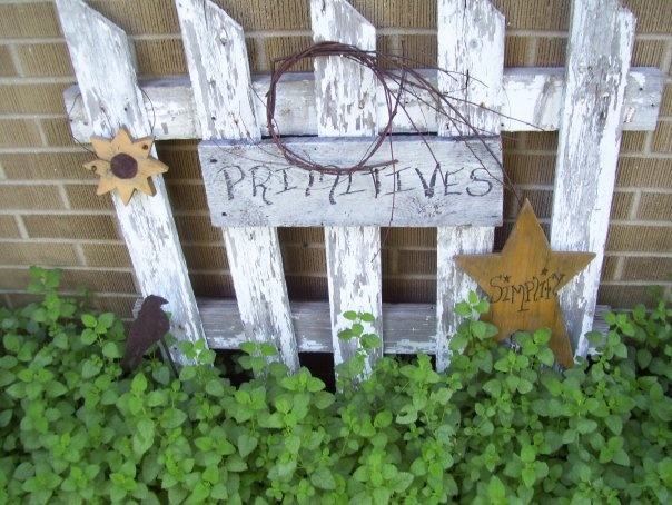 primitive garden picket