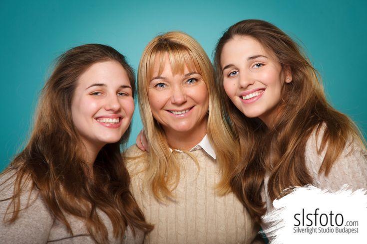 Családi fotózás Budapest legjobb fotós csapatával! #familyphotography #slsfoto #silverlight #fotózás #család