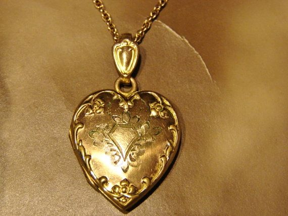Vintage Gold Heart Locket, Floral Locket, Repousse Locket, Etched Floral Locket, Locket Jewelry