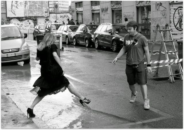 Milano Isola - Esondazione Seveso Quasi un passo di danza...