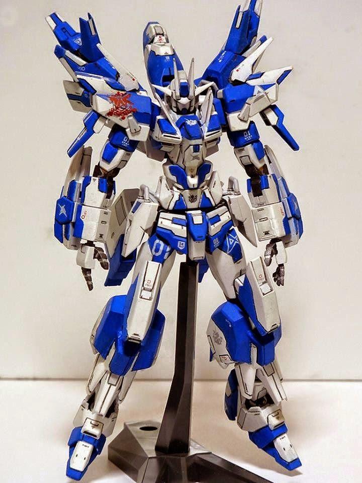 HG 1/144 Gundam AGE-FX Kit-bash - Custom Build     Modeled by Lee Zhen Yang