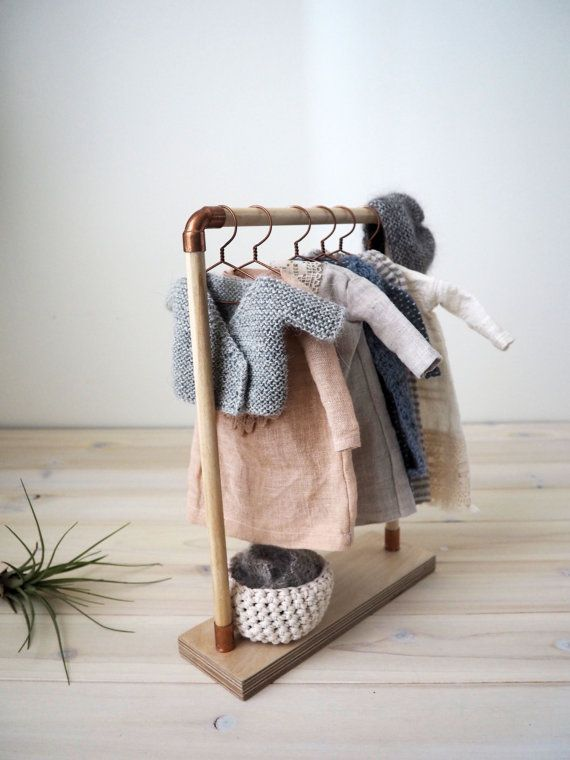 Doll wood clothes rack/ clothes stand/ doll by lespetitesmainsS