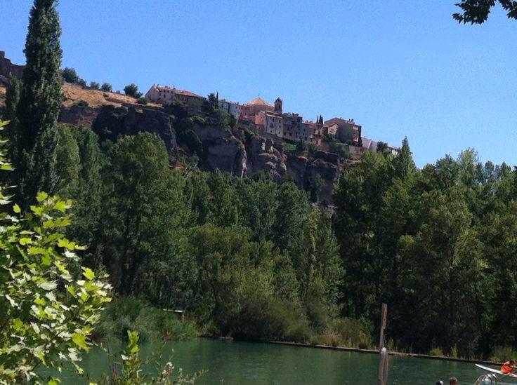 Vistas de Cuenca desde su playa artificial. Una delicia... #cuenca #summer