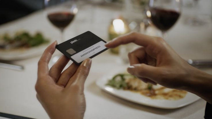'Plastc', A Multi-Purpose Device That Combines All The Cards In Your Wallet