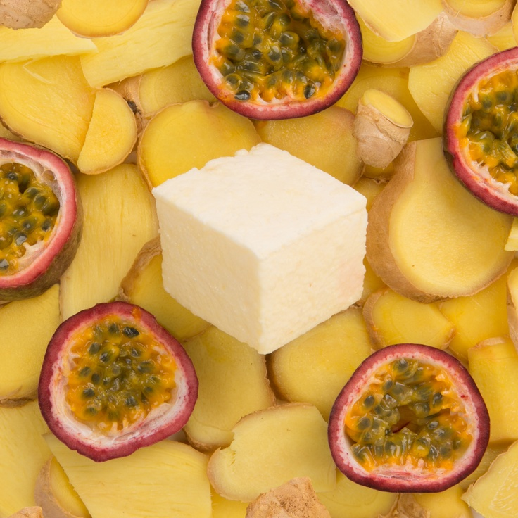 Passion Fruit & Ginger  We take whole pasion fruits to create an intense fruit purée - we then spice things up with a touch of fiery organic ginger.  This is the Marshmallowist's favourite flavour.
