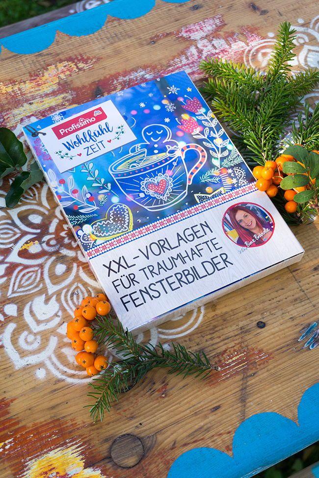 Xxl Vorlagen Mappe Fur Traumhafte Fensterbilder Wohlfuhl Zeit Von Bine Brandle Jetzt Exklusiv Bei Dm E Basteln Weihnachten Weihnachten Vorlagen Fensterbilder
