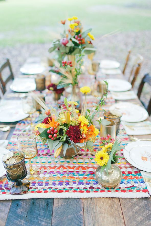 ... Boho Chic Wedding Runners, Vintage plates and Hippie weddings
