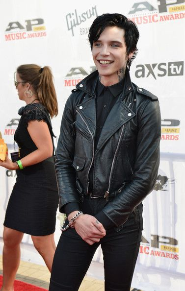 Andy Biersack Photos - 2014 Gibson Brands AP Music Awards - Arrivals - Zimbio