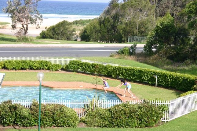 15 FATHOMS - Mollymook Beach - $360/Fri & Sat - 2 bedroom, sleeps 6 (check Oct rates)