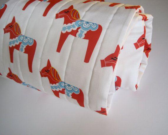 ORGANIC baby quilt / red Dala horse modern kids by SewnNaturalDala Horses, Modern Kids, Baby Quilts, Quilt Blankets, Kids Bedding, Red Dala, Horses Modern, Horses Baby, Organic Baby