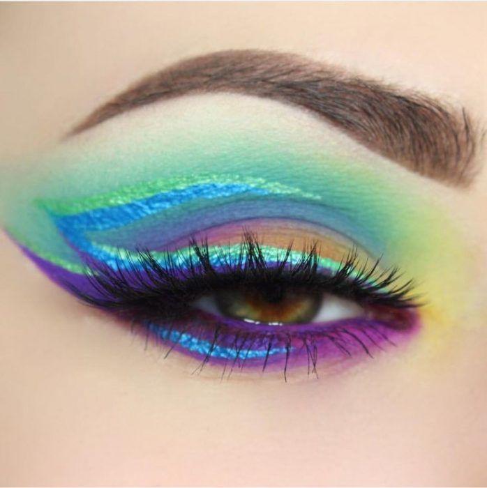 Maquillaje de ojos de fantasía