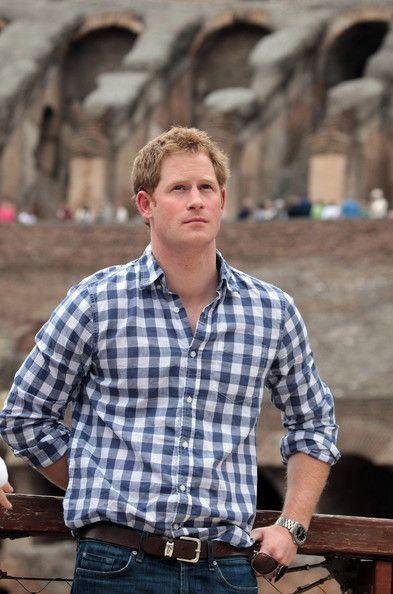 Príncipe Harry de visita à Itália