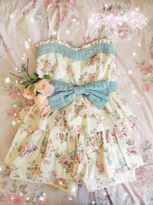 Cute floral and blue bow Liz Lisa (Japan fashion) Romper! I WANT IT SO BAD.