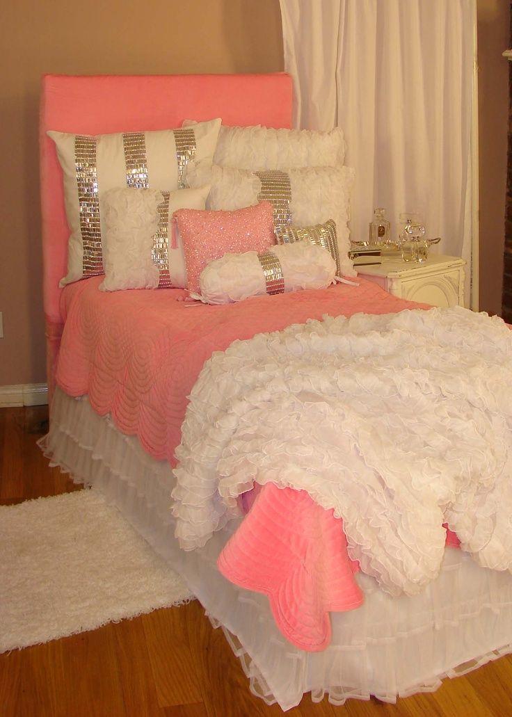 Tween teen bedding glitz glamour pink bedding for Pink teenage bedroom ideas