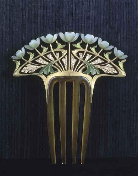 Faithful reproduction of a lovely Art Nouveau comb by Henri Dubret