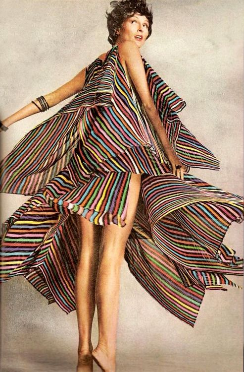 I would twirl for days // 1960s dress