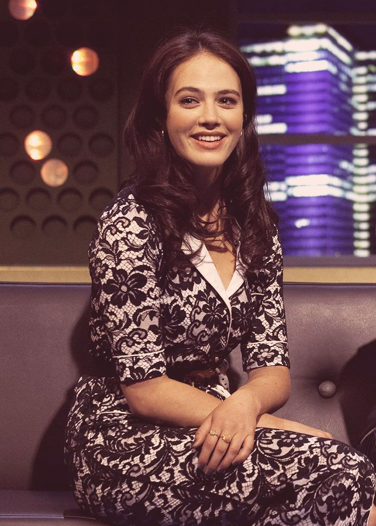 Jessica  Brown-Findlay #DowntonAbbey #JonathanRoss