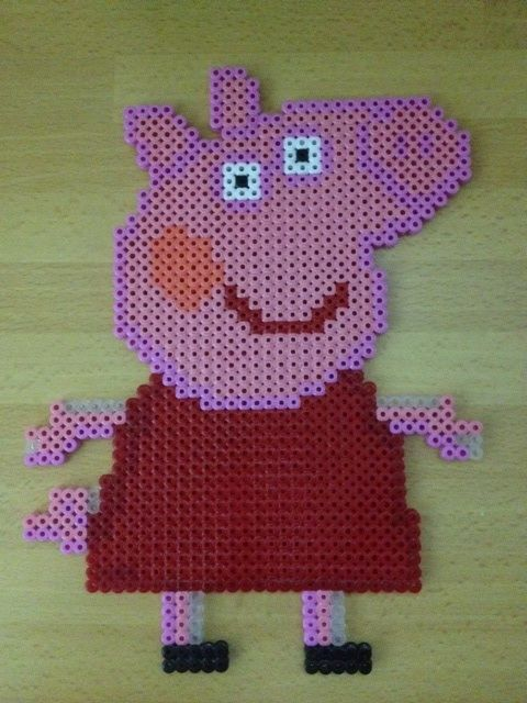 224 best images about hama beads on pinterest perler bead patterns perler beads and hama beads - Fusee peppa pig ...