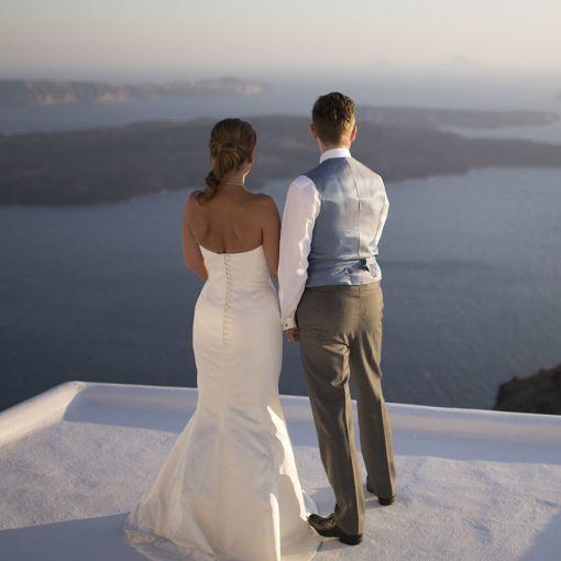 Yunan Adaları'nın büyülü atmosferinde romantik bir balayı tatiline ne dersiniz! Sevdiğinizle unutamayacağınız bir balayı için adresiniz www.tatillimani.com!