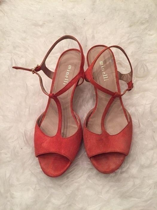 Mein Minelli Schuhe  von minelli! Größe 37 für 28,00 €. Sieh´s dir an: http://www.kleiderkreisel.de/damenschuhe/sandalen/139941224-minelli-schuhe.