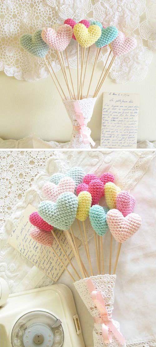 Blog | Perle di cotone: crochet: Amigurumi Heart, Heart Ideas, Crochet Heart, Valentines Day, Handmade, So Sweet, Ideas Baby Shower, Heart Bouquets, Heart Cakes