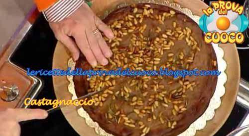 """Castagnaccio: ricetta di Anna Moroni da """"La Prova del Cuoco"""""""